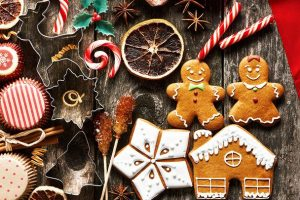 cropped_Christmas_food_treats_iStock